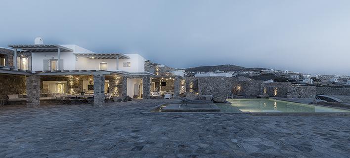 Residence in Mykonos III